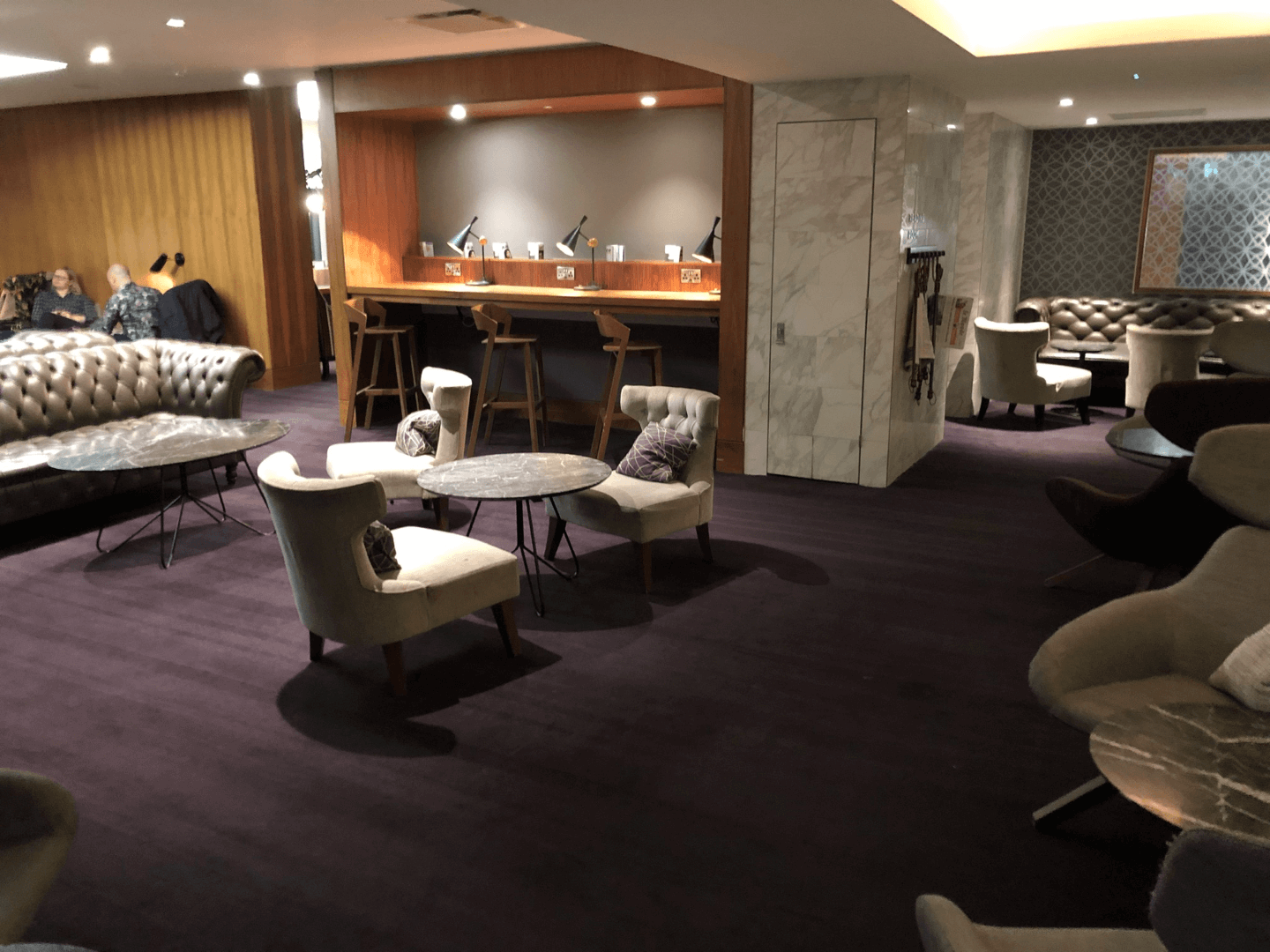 No1 Lounge Gatwick seating area