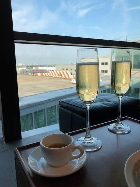 Cathay Pacific Lounge Heathrow Champagne