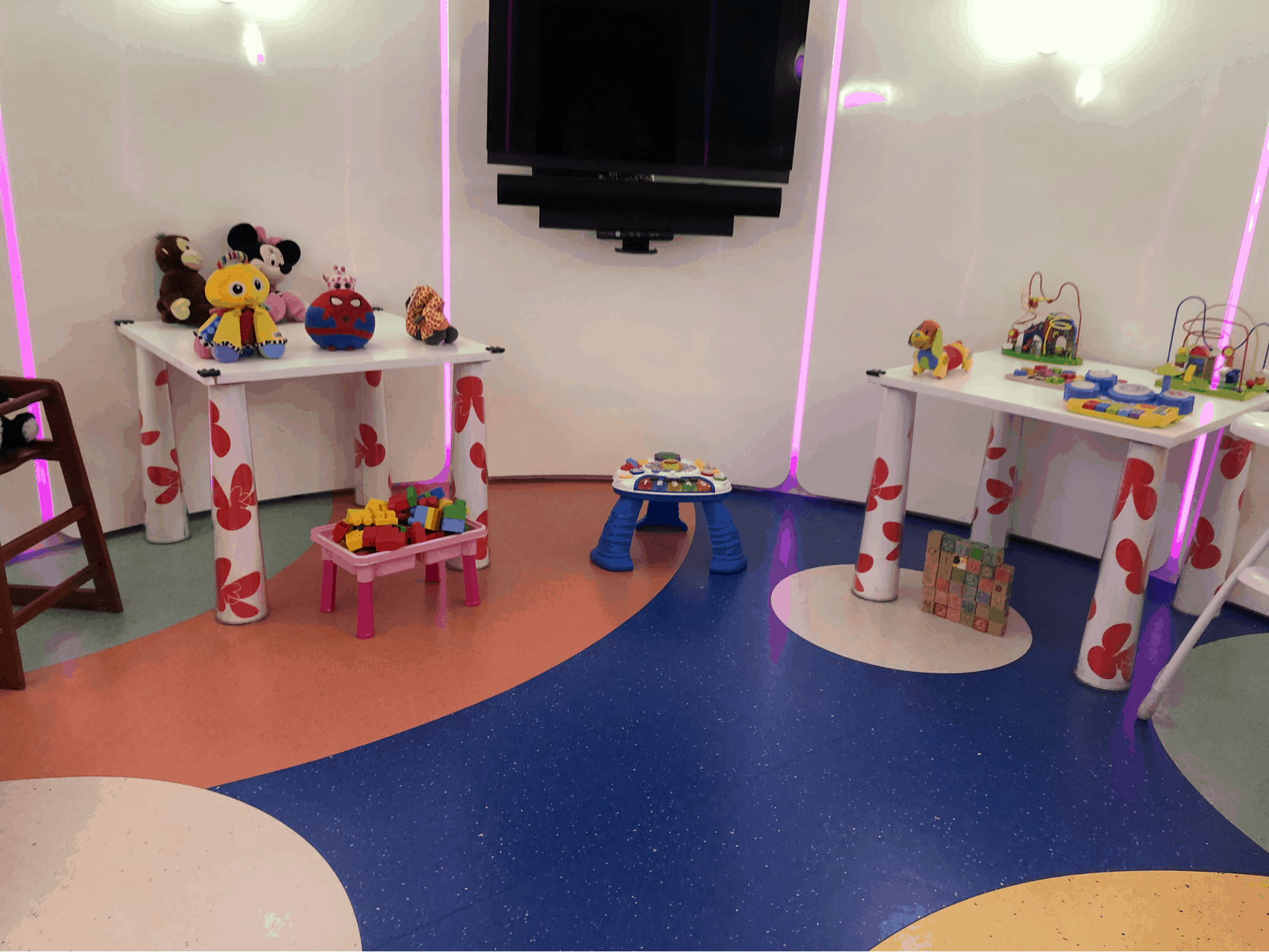 Childrens play area Etihad Heathrow